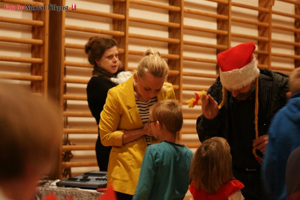 dsc07907-juletraesfest_2012